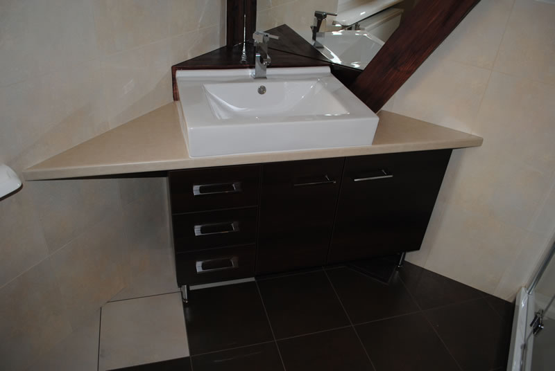 narożna łazienka