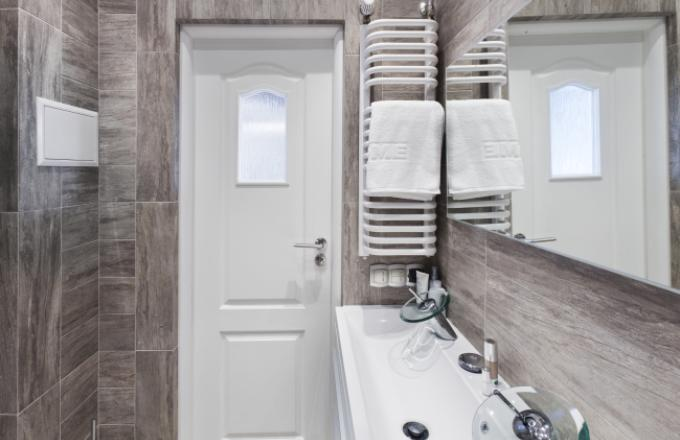 Wanna W Małej łazience Porady I Inspiracje łazienki W Domu