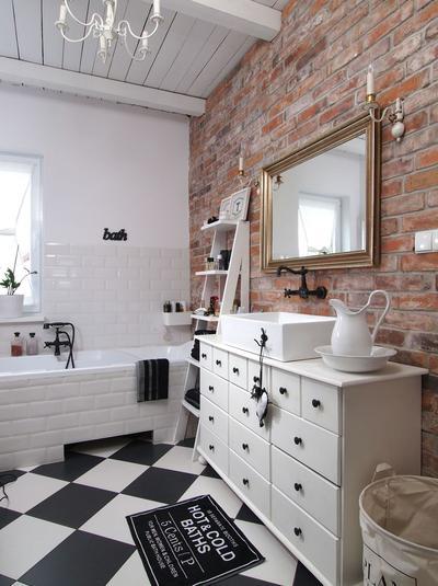 łazienka w cegle