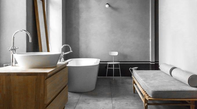 Drewno, beton – jak je wykorzystać w aranżacji łazienki?