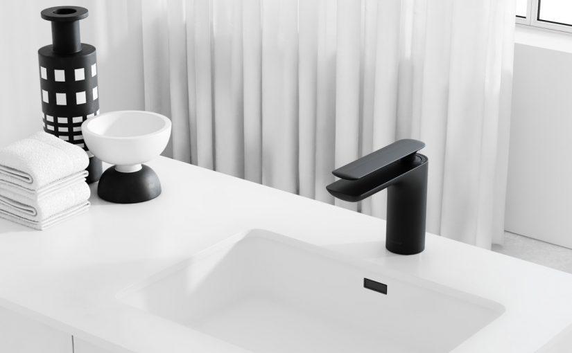 Czarna bateria łazienkowa – do czego pasuje?