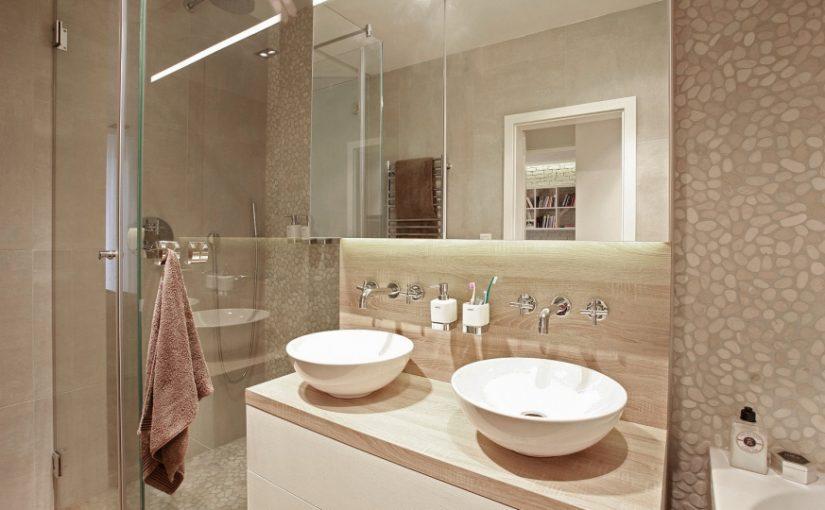 Łazienka z umywalką dla dwojga – jak zaaranżować?