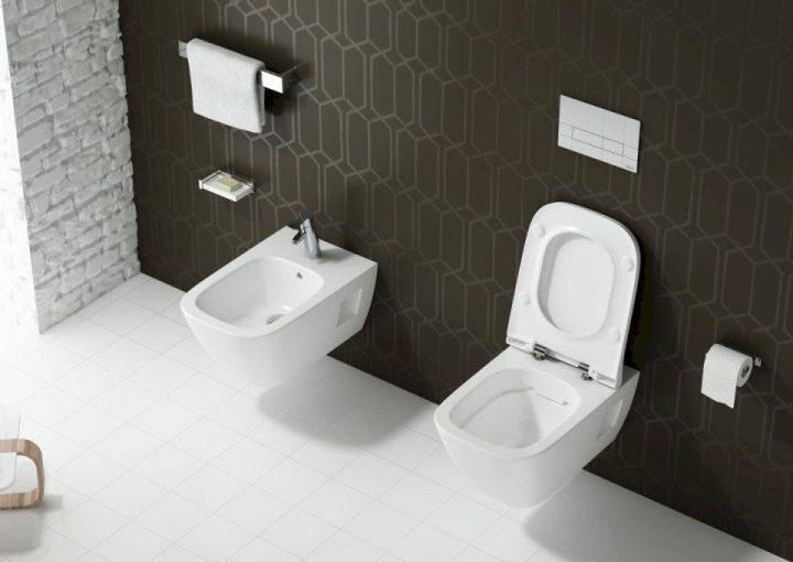 Miska WC stojąca lub wisząca – co wybrać?